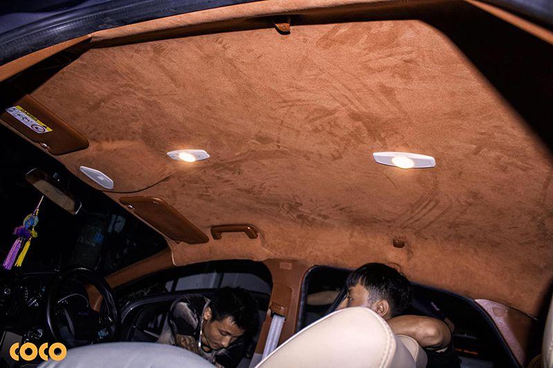 có nên bọc trần da lộn ô tô không?