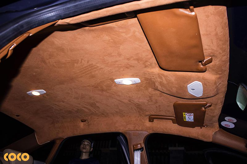 Xe ô tô có nên bọc trần da hay không?
