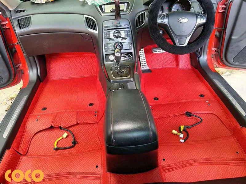 lót sàn da ô tô nên hay không?